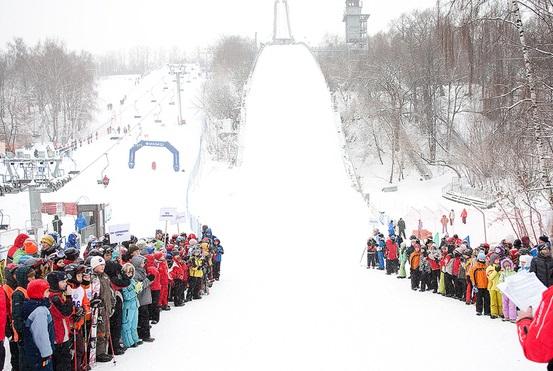 Воробьевы горы горки 2 яваря сноуборд лыжи Москва