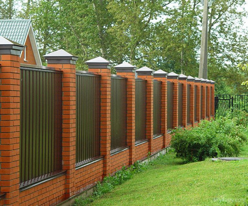 Забор частного дома фото