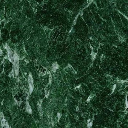 Камень зеленого цвета фото