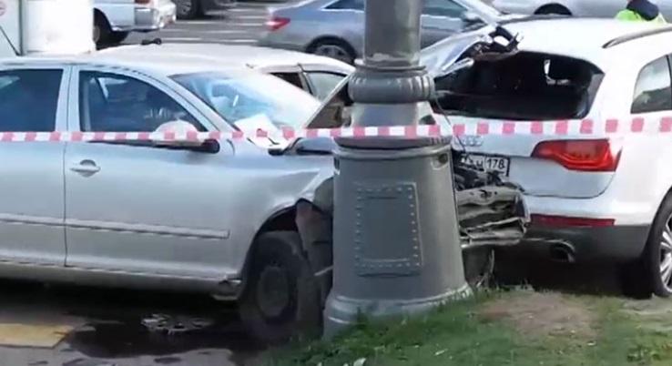 ВДТП наКутузовском проспекте в столице России умер полицейский